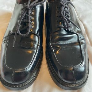 Size 10 Kenneth Cole Black Leather Oxfords